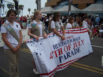 The Huntington Beach 4th of July Parade begins!